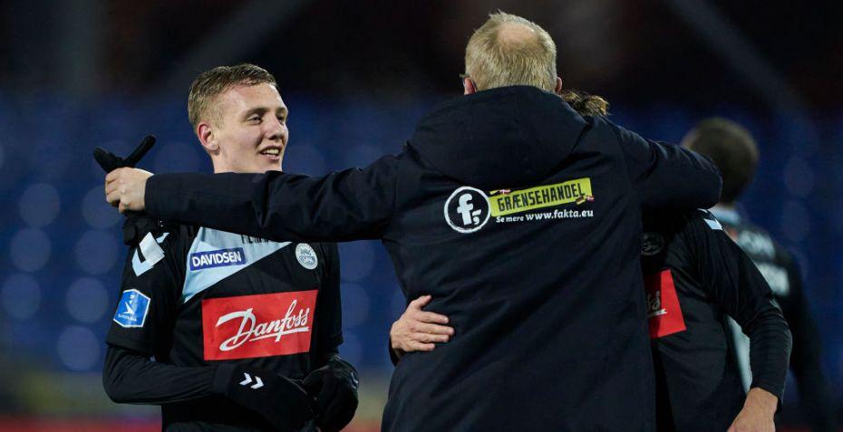 Esbjerg og SønderjyskE holder spillerne hjemme