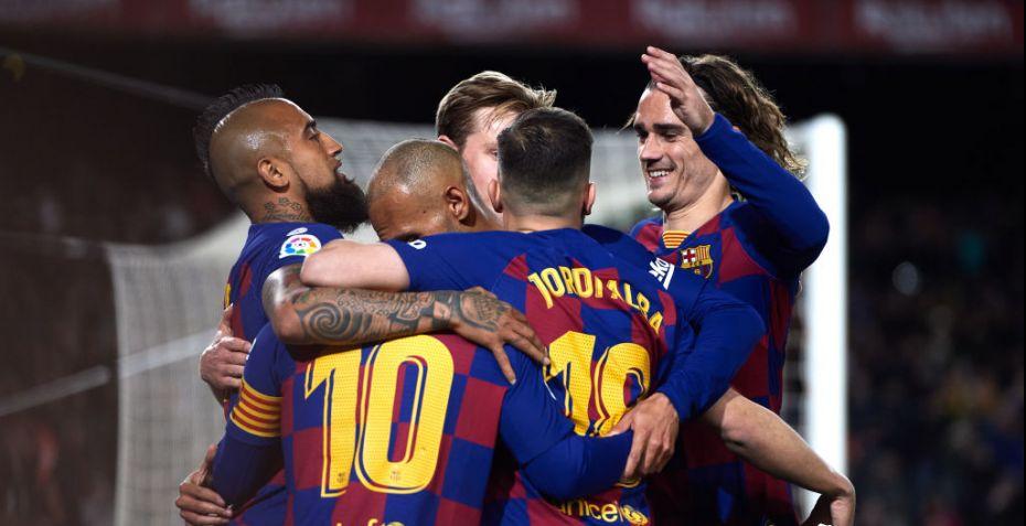 Barcelona skærer igennem: Tvinger spillerne ned i løn
