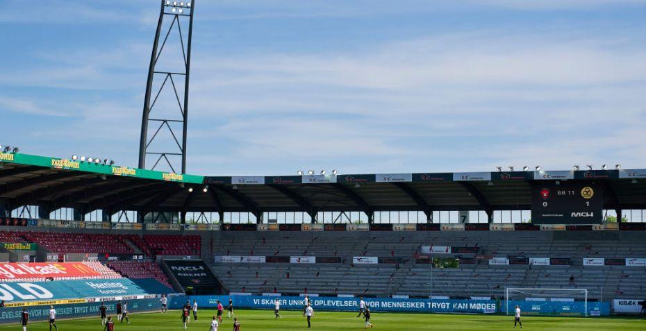 MCH Arena FC Midtjylland: Redder presset koncern