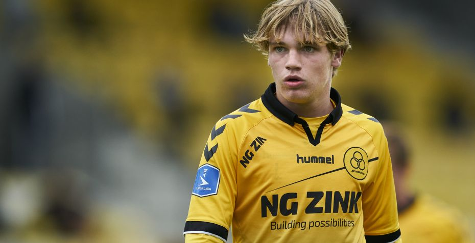 Stortalent med smuk assist i Horsens-sejr
