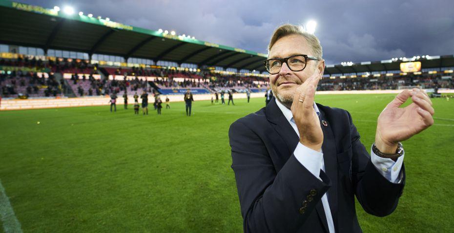 Claus Steinlein og midtbanespiller er testet positiv for...