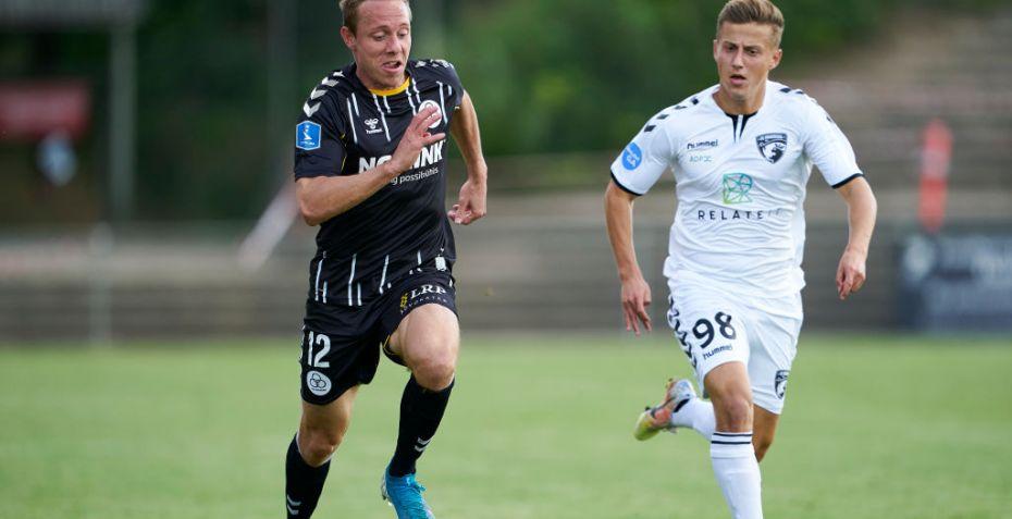 Transfernyt: 1. divisionsklub sælger målfarlig profil til Norge