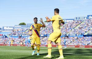 To Barcelona-spillere har fået fri til at kigge efter nye klubber