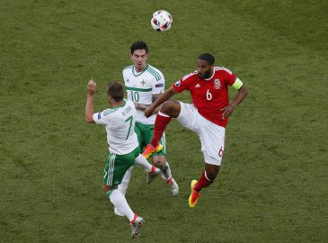 Ashley Williams klar til kvartfinale mod Belgien