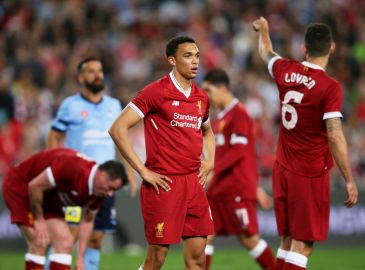 Klopp: Jeg bad Alexander-Arnold om at sparke