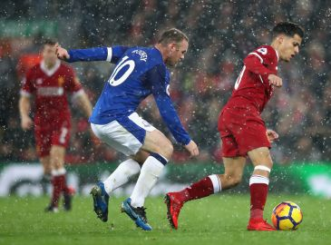 Video: Liverpool og Everton delte i snefyldt derbykamp